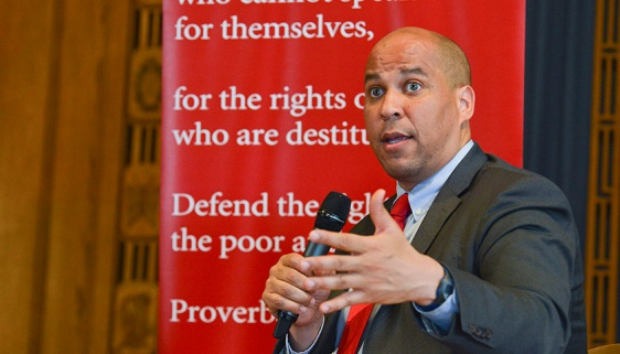 Sen. Corey Booker (D-NJ).jpg